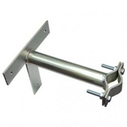 Držák stožáru 42-67mm, 25cm od zdi (s vlnkou a Křížem), zinek Galva